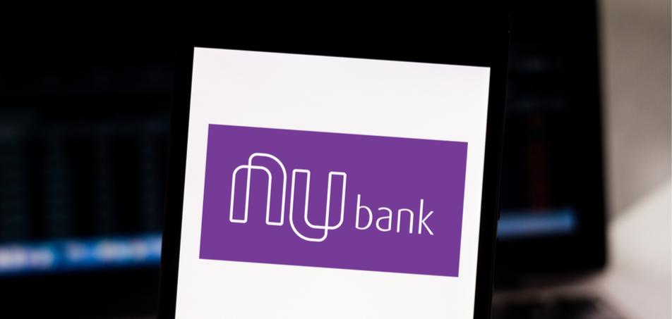 Por que o Nubank cobra R$ 6,50 por cada saque na NuConta?