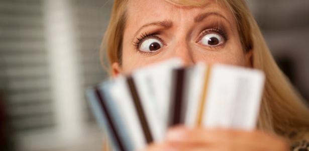 Vale a Pena Pagar o Valor Mínimo do Cartão de Crédito? Confira!