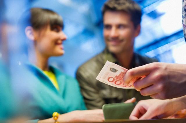 Empréstimo Salarial   Quais São Minhas Chances de Conseguir?